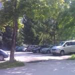 Parkování naproti domu