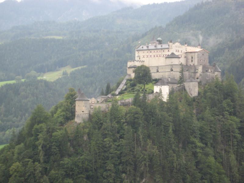 Kam na výlet? Zkuste hrad Werfen.