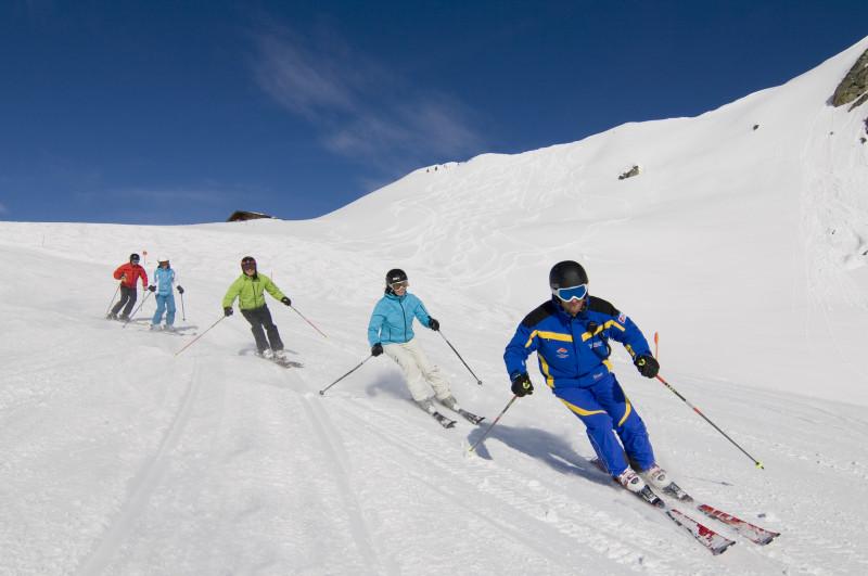 Zimní dovolená s dětmi a výuka lyžování