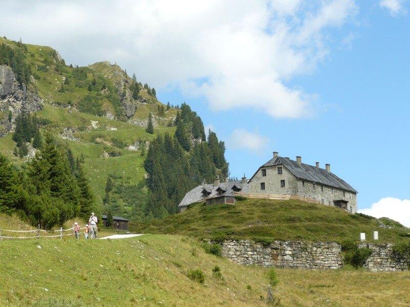 Sportgastein je ideálním místem pro lyžování i letní turistiku